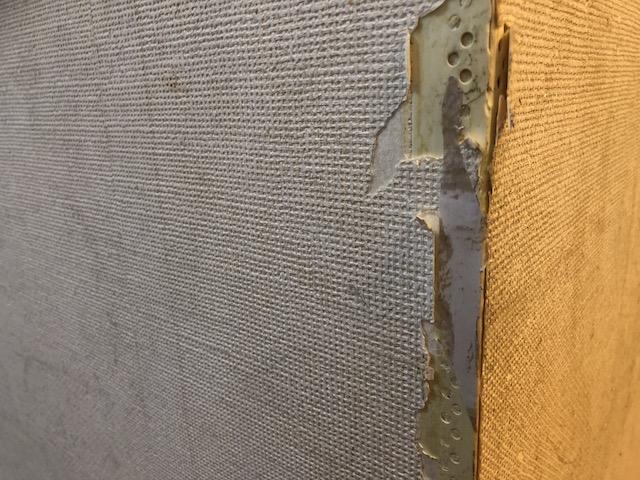 壁コーナー破損状況